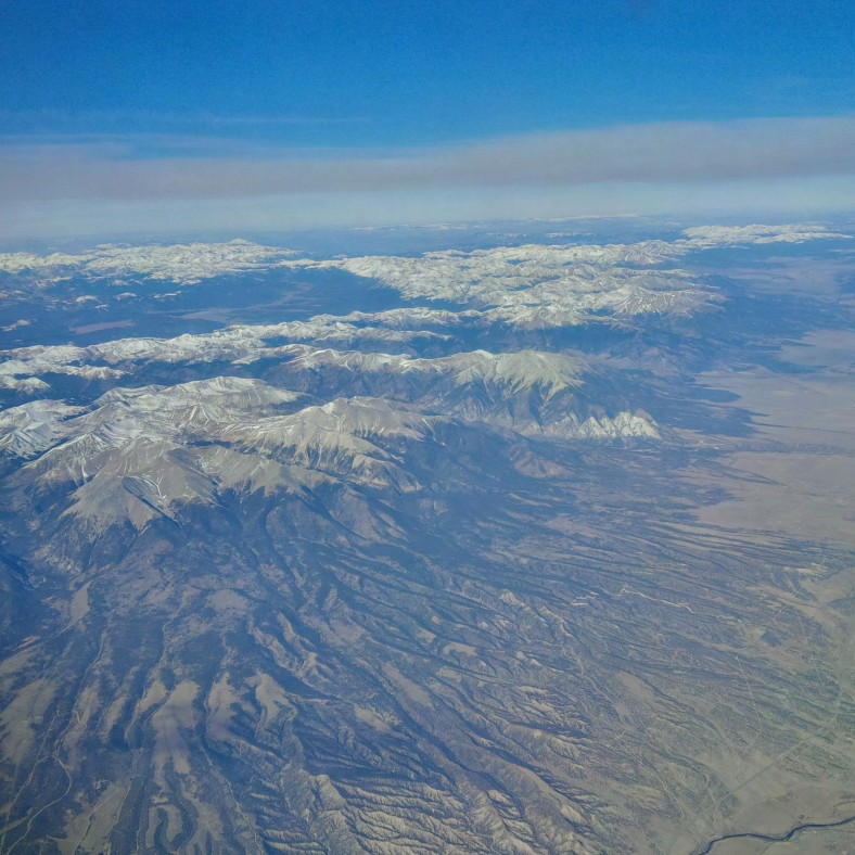 UA 342 EWR-SFO Rocky Mountains outside the window